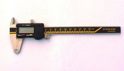 ELECTRONIC DIGITAL VERNIER CALIPER AND CALLIPER GAUGE